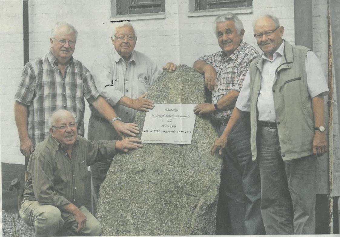 Stein erinnert an St. Joseph-Schule