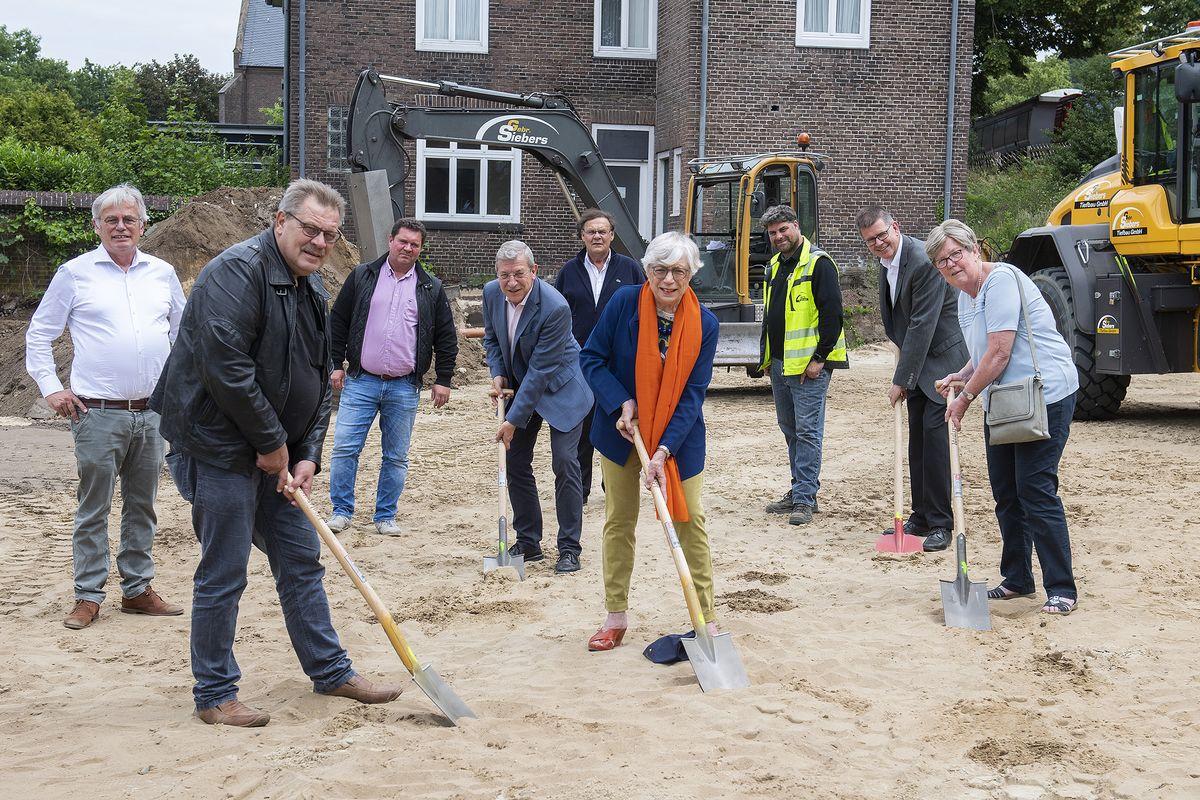 Bauarbeiten für das Hospiz in Donsbrüggen gestartet
